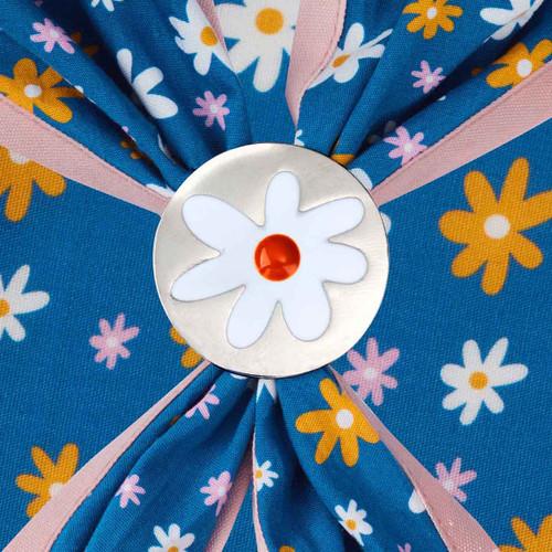 daisy scarf slide