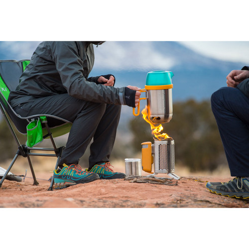 Hikers boiling water with CampStove
